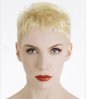 annie lennox 1980s | Annie Lennox : Into The West - Lord Of The Rings: Return Of The King ...