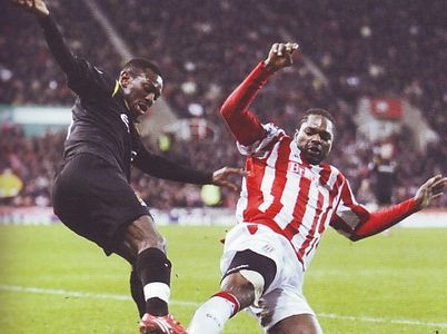 Stoke City 1 Man City 1 in Feb 2010 at the Britannia Stadium. Shaun Wright-Phillips finds his way blocked #Prem