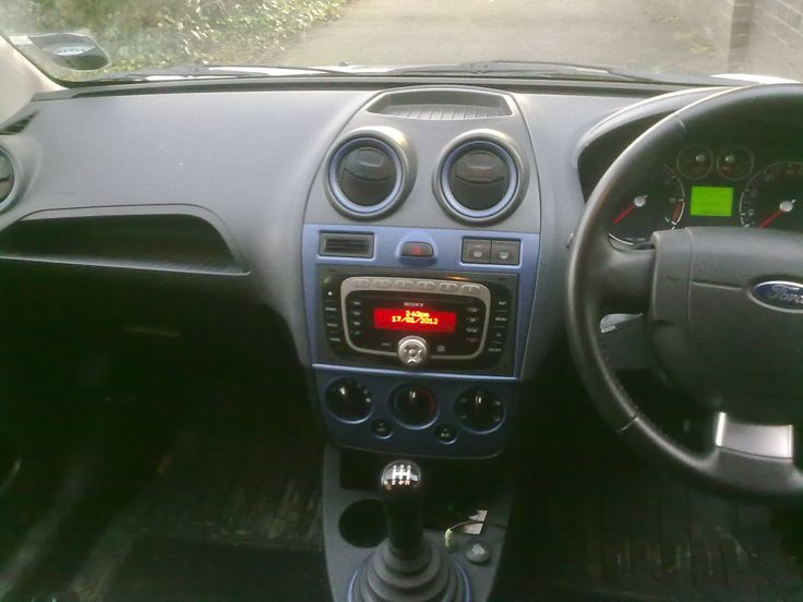 Adding RCAs to a standard car head unit