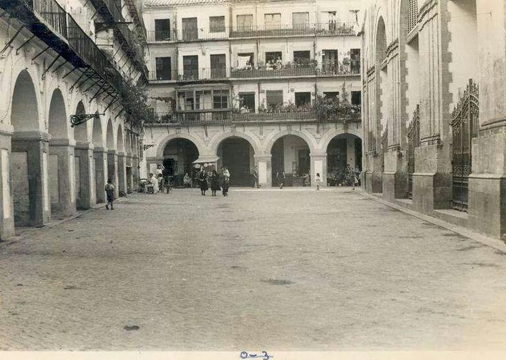 Cordoba plaza de la corredera a os 50 foto antigua for Azulejeria antigua cordoba