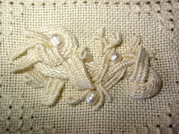 textured embroidery stitches - Google Search