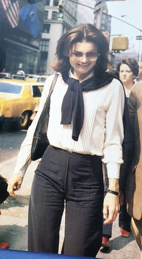 Jackie Onassis Fashion Icon | Jackie Kennedy Onassis in 2019