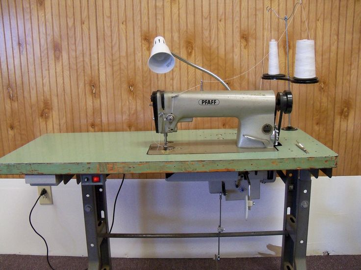 Pfaff 463 Industrial Sewing Machine with Table.JPG (3648 ...