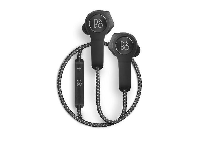 From the daily commute to the evening run, Beoplay H5 wireless earphones deliver outstanding Bang