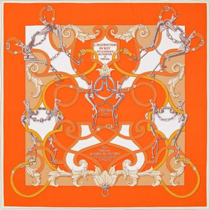 LInstruction du Roy | 2016年春夏コレクション |《帝王学》| カレ・ジェアン ツイル・プリュム | シルクツイル シルク 100% | サイズ: 140×140 cm ~ アンリ・ドリニー によるデザイン | 商品番号 : H431761S 04 orange | ¥112,320
