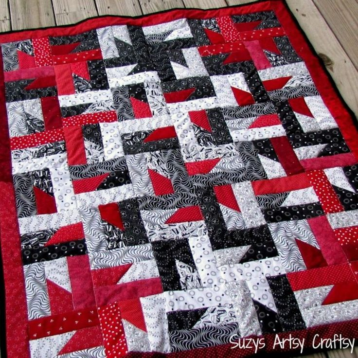 Free quilt pattern and tutorial- Windmills at Night