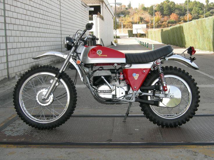 pinterest.com/fra411 #Bultaco Matador | Restauración Bultaco Matador MK4 | Motos Vazquez