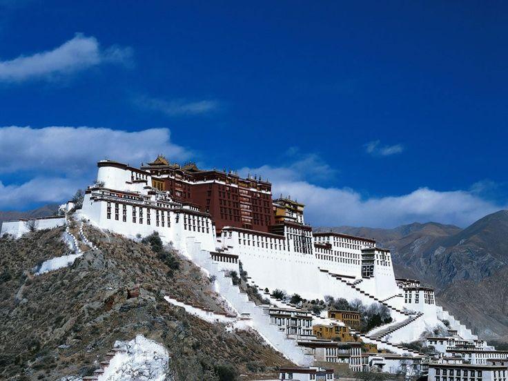 É a partir desse momento que a vida de Heinrich e sua maneira de enxergar o mundo começam a mudar. http://obviousmag.org/episodica/2015/sete-anos-no-tibet-e-a-busca-pela-felicidade.html