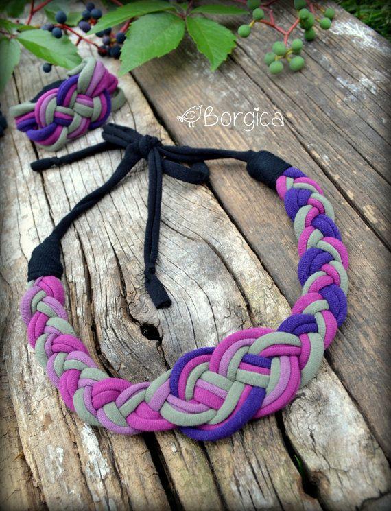Purple Autumn Nautical Knot Bib Braided Necklace por Borgica