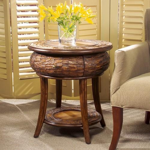 56 best rustic decor images on pinterest rustic decor for Dining room side table decor