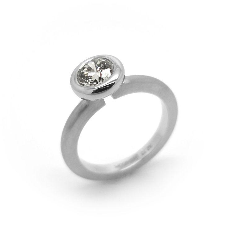 www.ORRO.co.uk - Henrich & Denzel - Diamond & Platinum Cassandra Engagement Ring - ORRO Contemporary Jewellery Glasgow