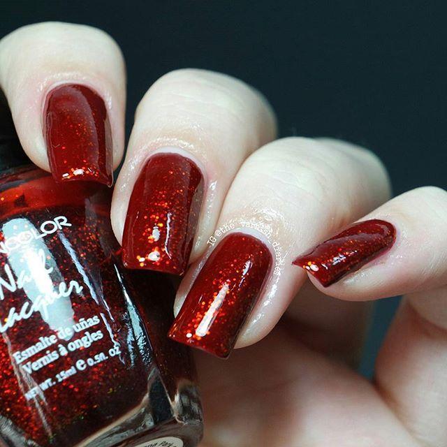 Kleancolor × Chunky Holo Scarlet über Zoya × Liz  Noch mehr roten Glitzer. Hatte ja noch nicht genug.  #kleancolor #chunkyholoscarlet #kleancolorchunkyholoscarlet #zoya #liz #zoyaliz #tvdkleancolor #tvdzoya #xmasbytvd