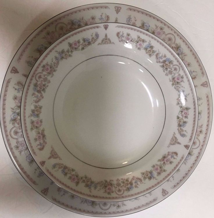 Made in China Dinnerware Set for 8 , 24 Pieces Tan Design Blue & Pink Flowers  #Madeinchina