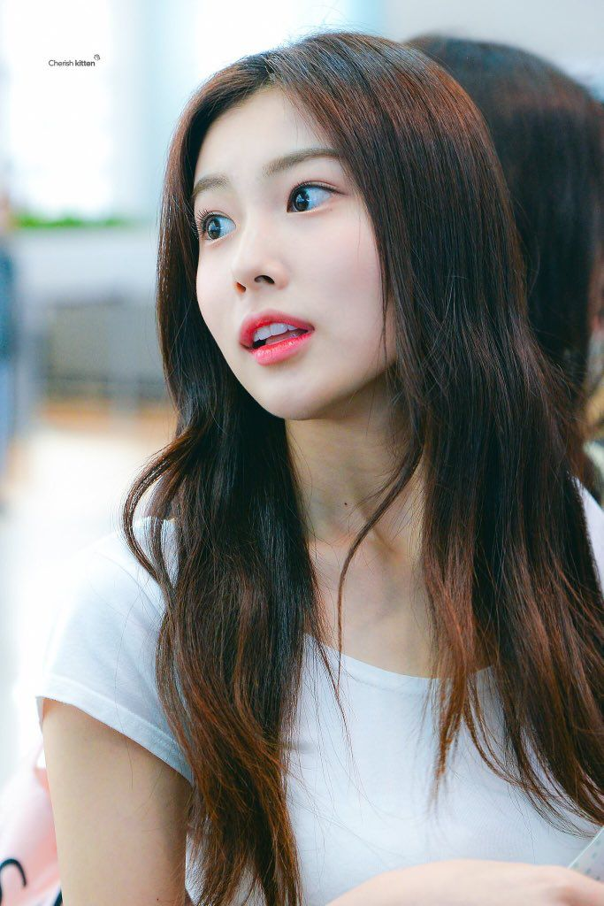 So, IZ*ONE Hyewon used to be an ulzzang   allkpop Forums