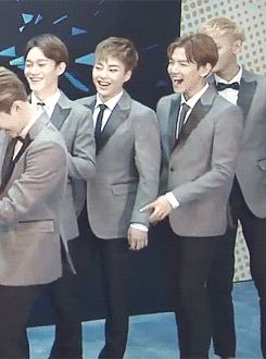 Times Baekhyun was About To Get The Shit Slapped Outa Him By Xiumin | KV~ ohmygosh this is the best