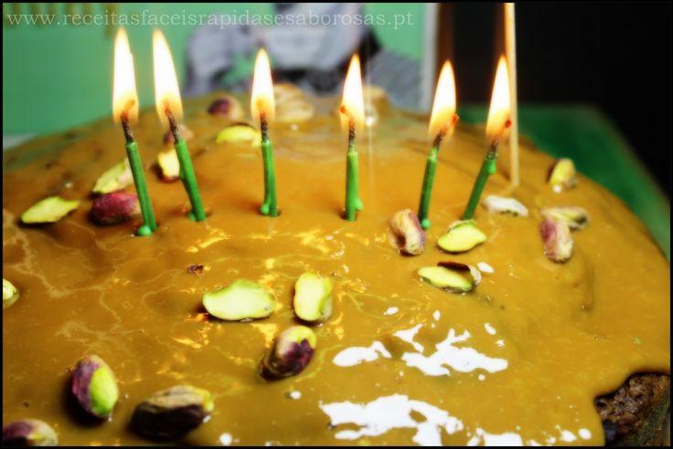 Bolo de aniversário 6 anos de Receitas fáceis rápidas e saborosas http://www.receitasfaceisrapidasesaborosas.pt/o-receitas-faceis-rapidas-e-saborosas-479400