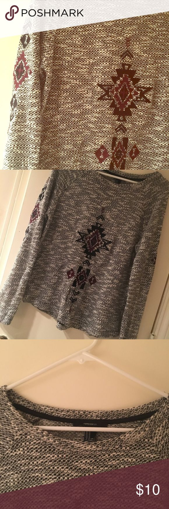 🌹TRIBAL PRINT SWEATER 🌹 Grey sweater with tribal pattern. Great condition! Light weight.   ▪️maroon and black tribal pattern on heathered grey sweater Forever 21 Sweaters Crew & Scoop Necks