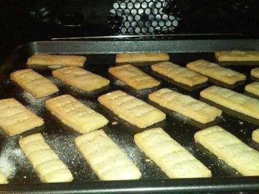 Recette de Shortbread (petit biscuit sablé au beurre écossais)