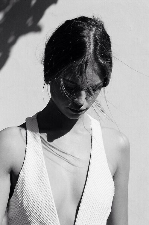 Summer vibes with this geometric white top.