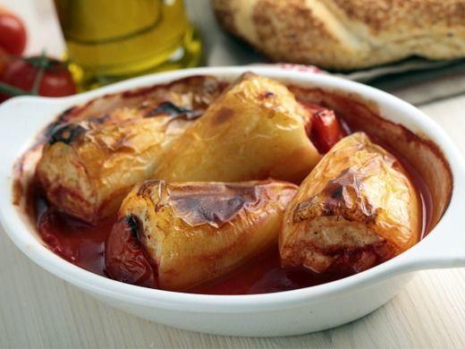 Plněné papriky s rajskou omáčkou - Recepty na každý den