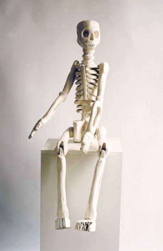 painted wood carving by Phutuma Seoka - Skeleton - 112 cm