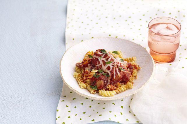 Essayez notre version à la mijoteuse du classique poulet cacciatore. Les cuisses de poulet tendres et la sauce mijotée n'attendent que vous.