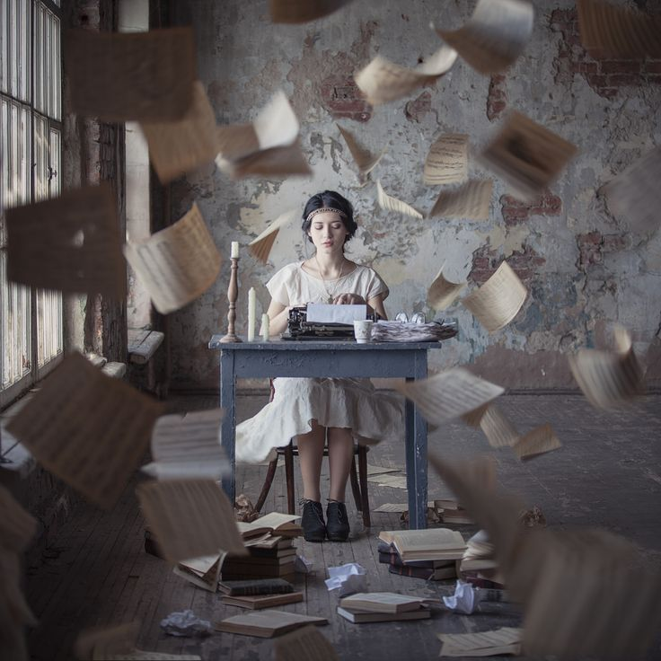 Dasha Pears conceptual photography, typewriter, storytelling