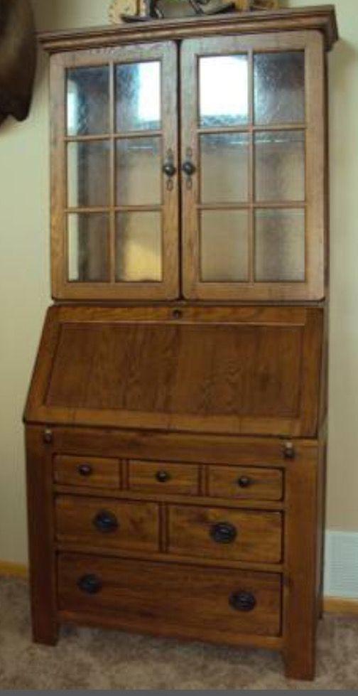 Broyhill Attic Heirlooms Secretary Desk ❤️