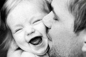 Você que é pai, é a criatura mais feliz sobre a face da terra. Levante os braços aos céus e agradeça a Deus a misericórdia que lhe concedeu. Mas lembre-se de que não basta dar aos filhos o sustento e a instrução. Algo existe mais importante que tudo isso: é o exemplo. Dê a seus filhos o exemplo do trabalho, da honestidade, da dignidade em toda a sua vida.