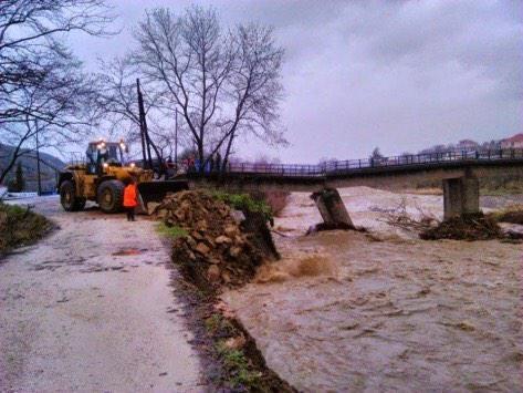 Άρτα: Εκκενώθηκε χωριό στην Άρτα - Τεράστιες ζημιές από την έντονη βροχόπτωση