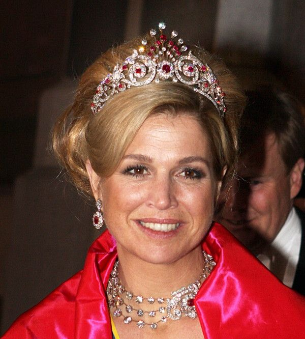 Queen Máxima of the Netherlands, wearing the Ruby Peacock Parure: tiara…