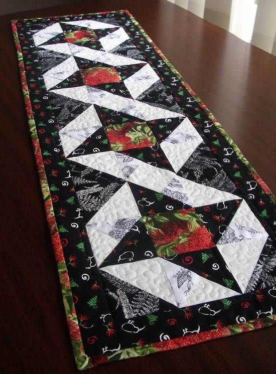 Good Christmas Quilt Patterns Ue Kiwi Tablerunner Great For With Table Runner Free