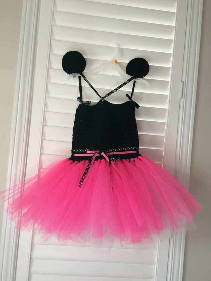"""Minnie Mouse tutu dress Complete with """"ear"""" hair clips"""