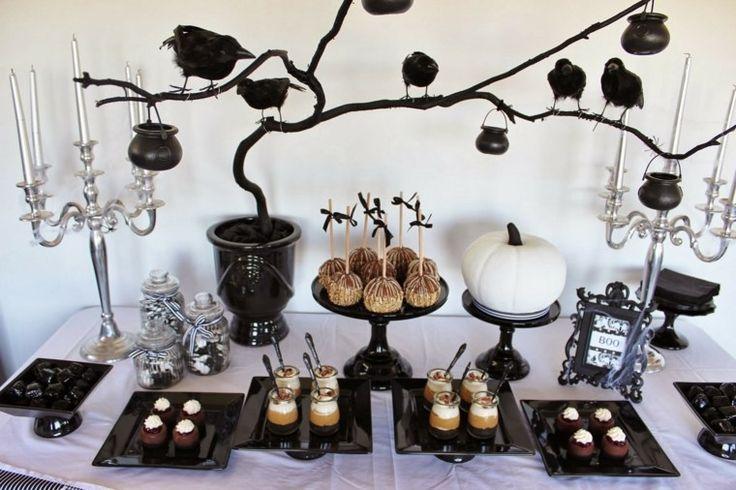 déco de table Halloween en noir et blanc