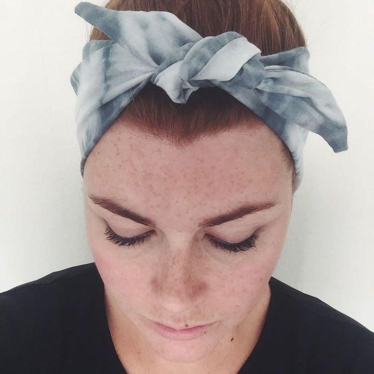 Off to London today for a quick business (ok, school) trip. Going to pack of these shibori headbands for the road. #fogandcedar #handmade #handdyed #copenhagen #cph #københavn #kbh #shibori #headband #tiedye #headwrap #selfie #girl #fall #fashion #freckles