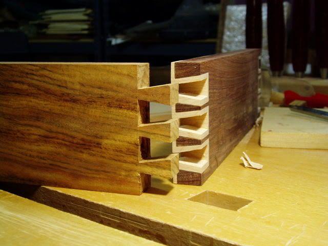 Les 67 meilleures images du tableau technique assemblage sur pinterest menuiserie travail du - Assemblage bois japonais ...