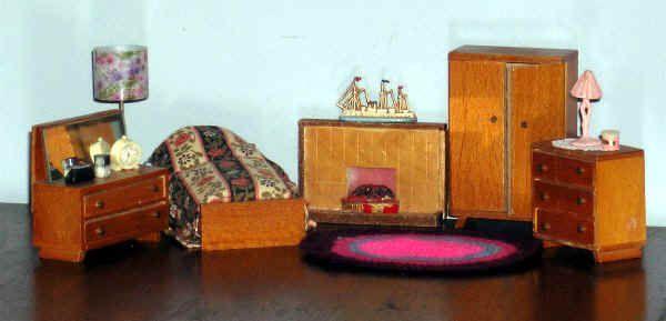 Barton's bedroom set shown in a catalogue of 1966; varnished hardwood