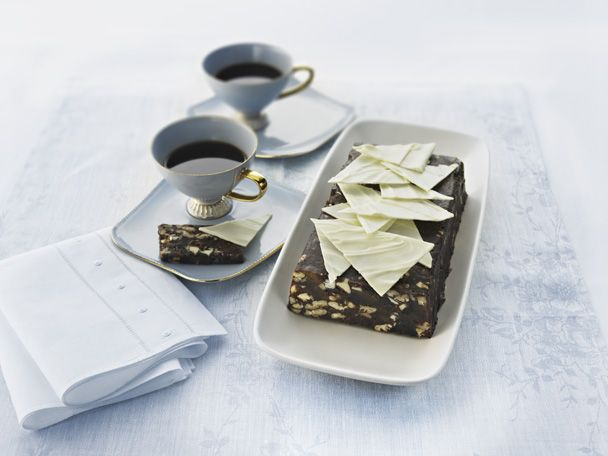 This Festive #Christmas #Chocolate #Pâté #Slice is ridiculously easy to make. The perfect end to a great meal! #baking To view the #CADBURY product featured in this recipe visit https://www.cadburykitchen.com.au/products/view/baking-block/