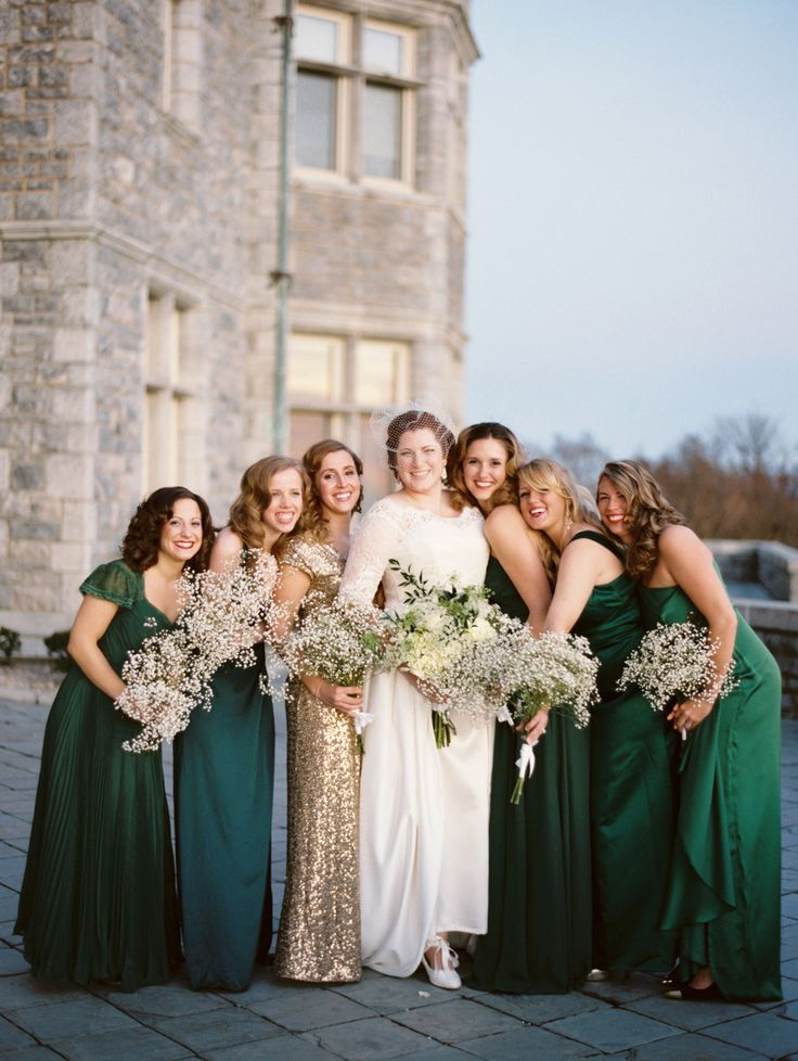 Emerald and gold bridesmaids |