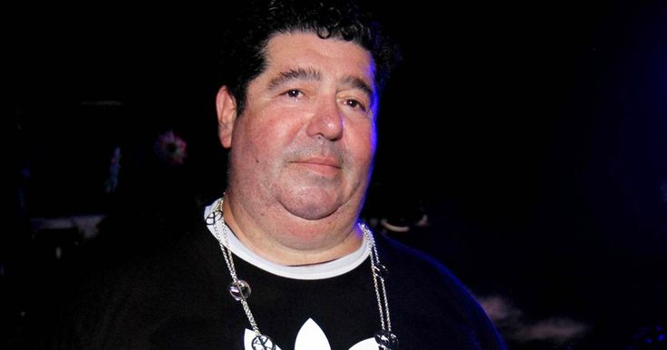 Rob Goldstone ready to come to U.S. and talk to Mueller - Rob Goldstone, the music publicist who contacted Donald Trump Jr. and helped set up a 2016 Trump Tower meeting with Russians, is willing to talk to Mueller.