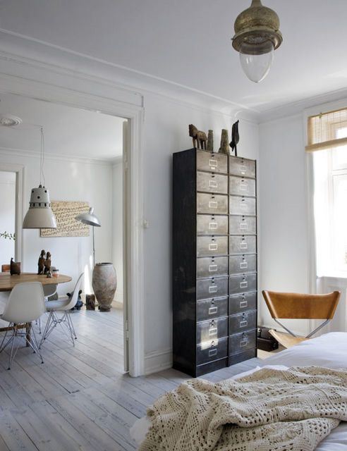 Nordic style with exotic Asian details and old furnitures