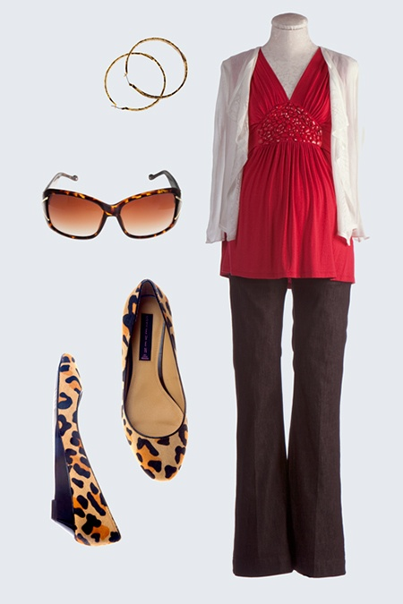 The best look if you're carrying low - #maternity fashion @babycenter