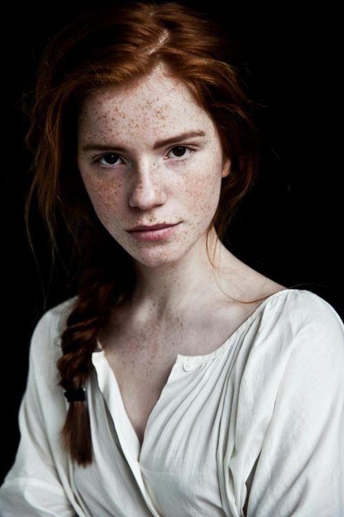 http://for-redheads.tumblr.com/post/57285235845/luca-hollestelle