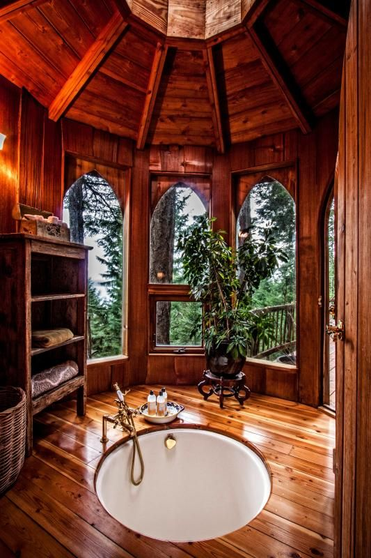 suzanne deges hobbit treehouse originally built by the legendary natural builder sunray kelley located on orcas island in washington state