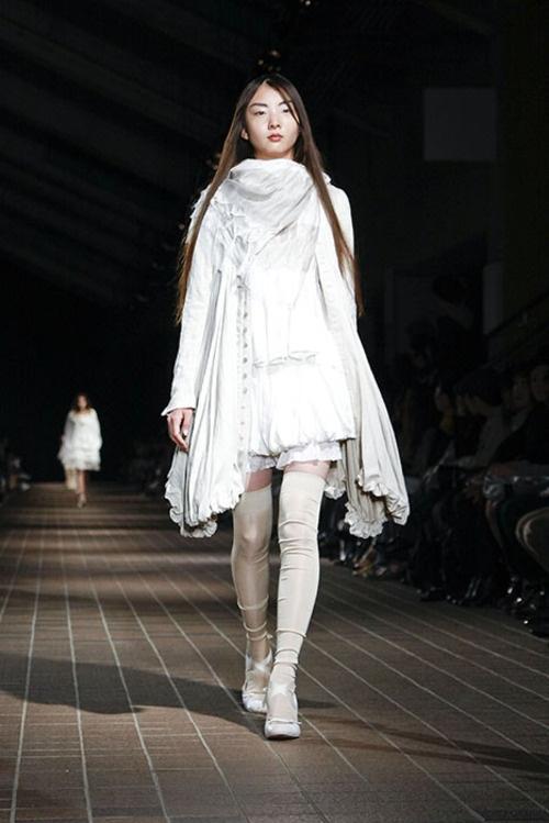 [No.13/16] suzuki takayuki 2009年春夏コレクション   Fashionsnap.com