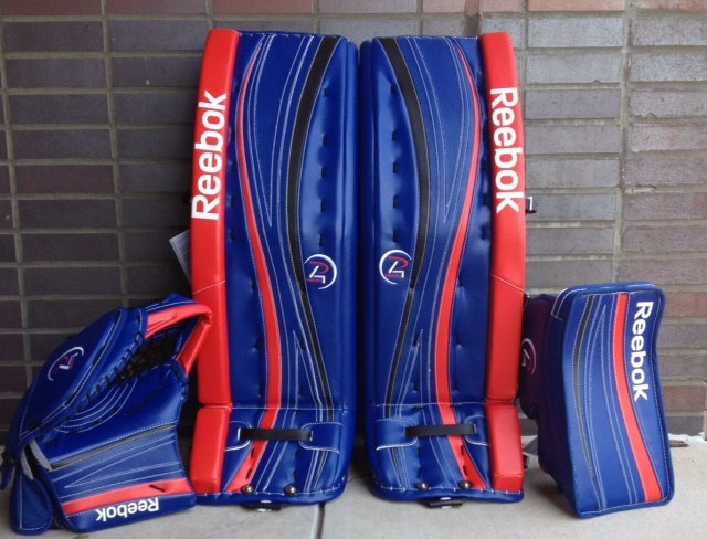 Wow... Unreal set of Reebok P4's  Order a custom set of pads at http://goalie.totalhockey.com/default.aspx
