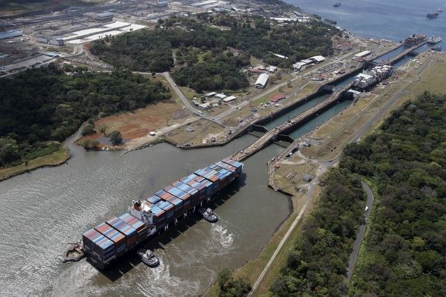 La sequía obliga al Canal de Panamá a restringir el paso de los buques - http://verdenoticias.org/index.php/blog-noticias-medio-ambiente/305-la-sequia-obliga-al-canal-de-panama-a-restringir-el-paso-de-los-buques