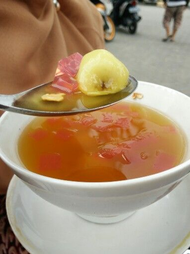Wedang ronde, made from ginger water and mixed with moci and peanut
