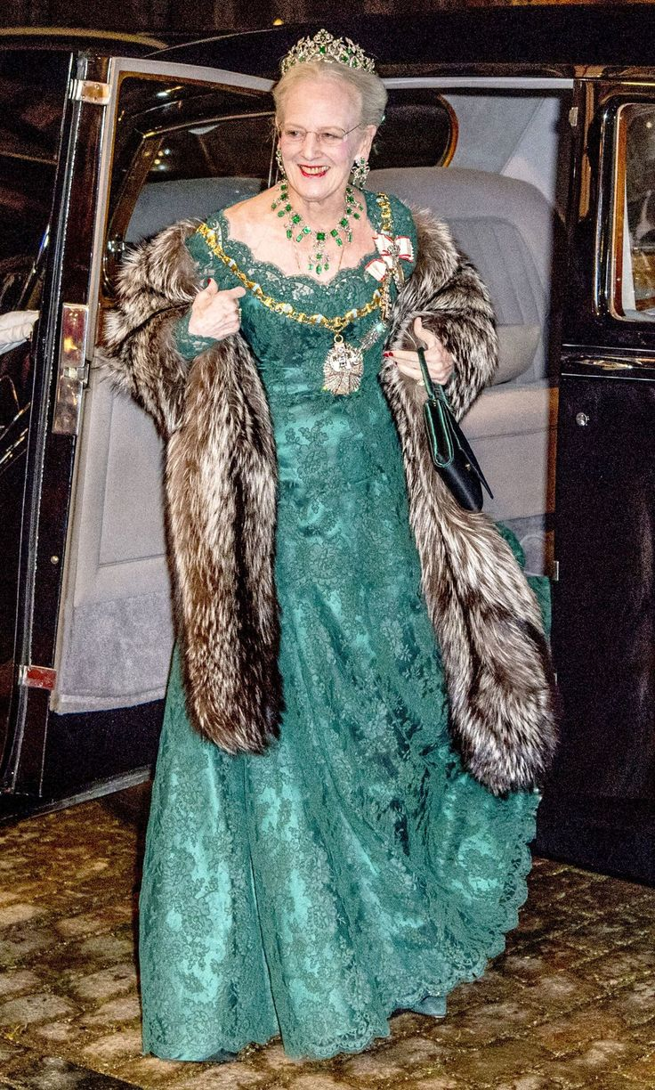 Photos of the Danish Royal Family at New Year's Reception | PEOPLE.com The evening's host, Queen Margrethe, wore a green lace gown and large fur shawl. Along with her emerald and diamond-covered tiara and a matching necklace, she wore a massive diamond pendant on the same elephant link worn by her sons and daughters-in-law
