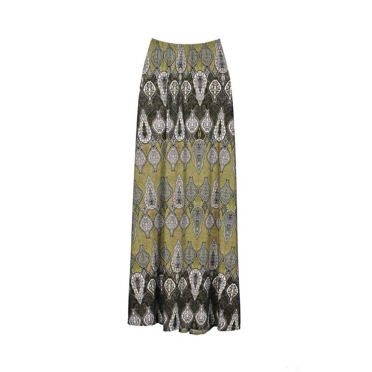 Mini falda de mujer con estampado.